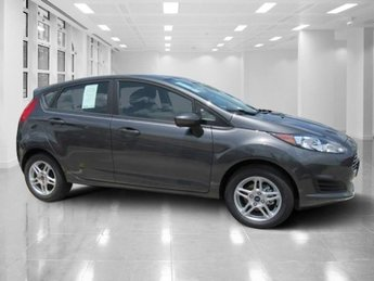 2018 Magnetic Metallic Ford Fiesta SE Manual Regular Unleaded I-4 1.6 L/97 Engine Hatchback FWD 4 Door