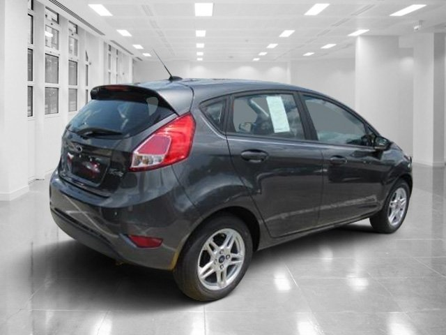 2018 Magnetic Metallic Ford Fiesta SE 4 Door Manual FWD Regular Unleaded I-4 1.6 L/97 Engine Hatchback