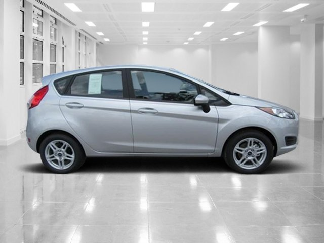 2018 Ingot Silver Metallic Ford Fiesta SE Regular Unleaded I-4 1.6 L/97 Engine 4 Door Automatic