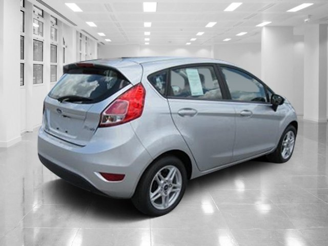 2018 Ford Fiesta SE FWD Manual Hatchback