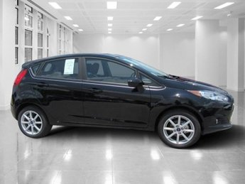 2018 Shadow Black Ford Fiesta SE Regular Unleaded I-4 1.6 L/97 Engine Hatchback FWD 4 Door Manual