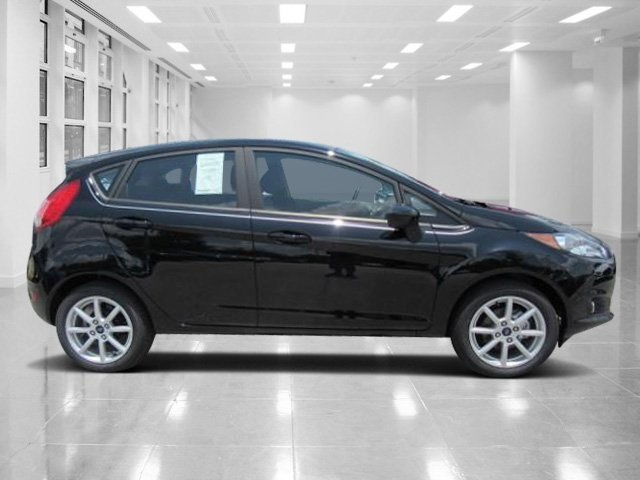2018 Shadow Black Ford Fiesta SE 4 Door Automatic Hatchback Regular Unleaded I-4 1.6 L/97 Engine FWD