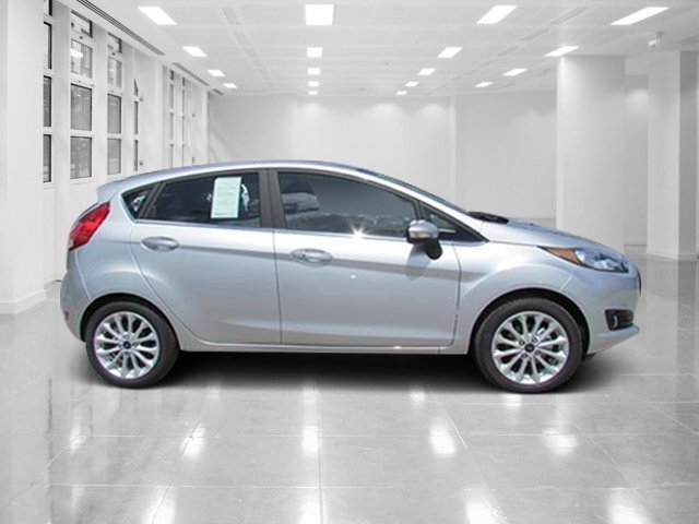 Ford Fiesta Titanium Fwd Regular Unleaded I  L  Engine Hatchback