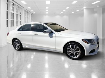 2017 White Mercedes-Benz C-Class C 300 Sedan Intercooled Turbo Premium Unleaded I-4 2.0 L/121 Engine 4 Door Automatic RWD