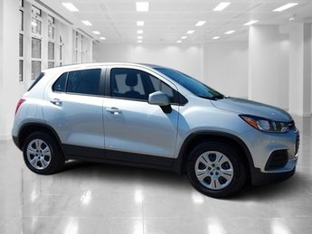 2017 Chevy Trax LS FWD Automatic 4 Door SUV Turbocharged Gas 4-Cyl 1.4L/83 Engine