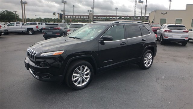2017 Jeep Cherokee Limited Automatic SUV 2.4L 4-Cylinder SMPI SOHC Engine 4 Door