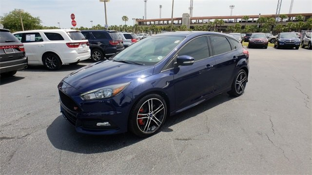 2017 Ford Focus ST Hatchback 2.0L GTDi Engine Manual FWD