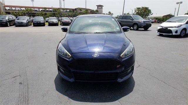 2017 Kona Blue Metallic Ford Focus ST FWD 4 Door Manual 2.0L GTDi Engine