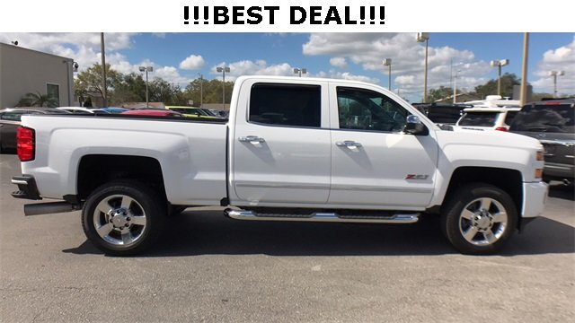 2016 Summit White Chevrolet Silverado 2500HD LTZ Automatic Duramax 6.6L V8 Turbodiesel Engine 4 Door Truck 4X4