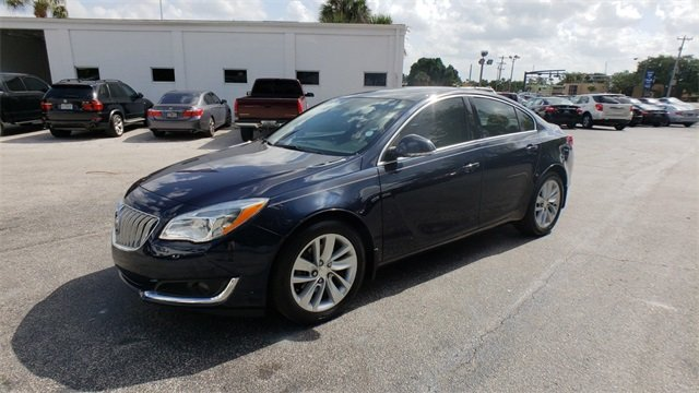 2015 Dark Sapphire Blue Metallic Buick Regal Turbo Automatic 2.0L 4-Cylinder DGI DOHC VVT Turbocharged Engine FWD Sedan