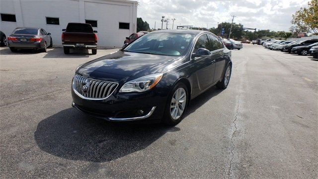 2015 Dark Sapphire Blue Metallic Buick Regal Turbo 2.0L 4-Cylinder DGI DOHC VVT Turbocharged Engine 4 Door FWD