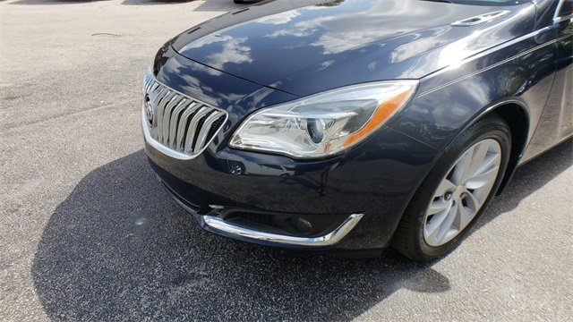 2015 Buick Regal Turbo 4 Door 2.0L 4-Cylinder DGI DOHC VVT Turbocharged Engine Sedan Automatic FWD