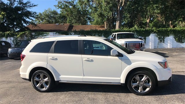 2016 White Dodge Journey Crossroad Plus FWD 4 Door SUV Automatic 2.4L I4 DOHC 16V Dual VVT Engine