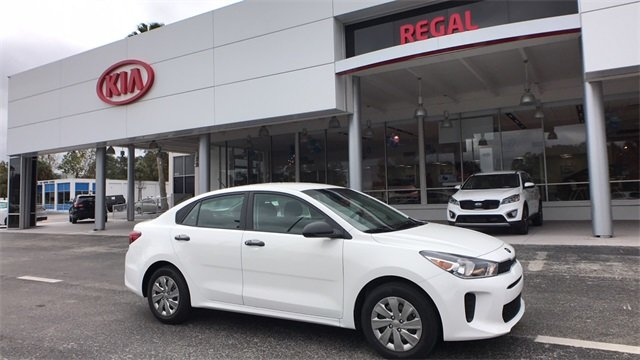 2018 Clear White Kia Rio LX Sedan 1.6L 4-Cylinder Engine 4 Door Manual