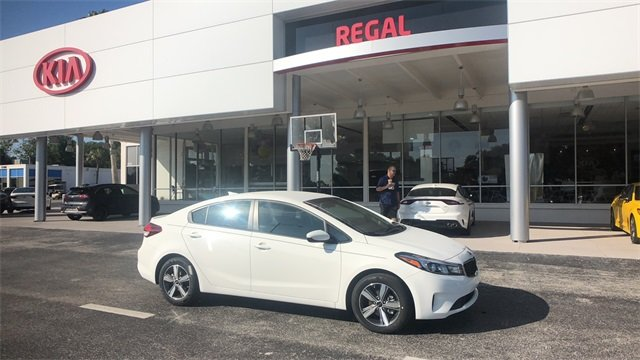 2018 Clear White Kia Forte S FWD 2.0L 4-Cylinder Engine 4 Door