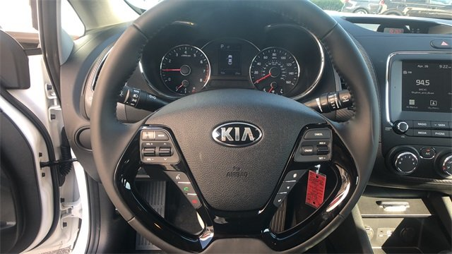 2018 Clear White Kia Forte S Automatic Sedan 2.0L 4-Cylinder Engine