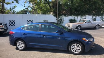 2017 Lakeside Blue Hyundai Elantra SE Automatic Sedan FWD 4 Door