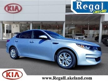 2018 Sparkling Silver Kia Optima LX Sedan FWD 2.4L 4-Cylinder Engine