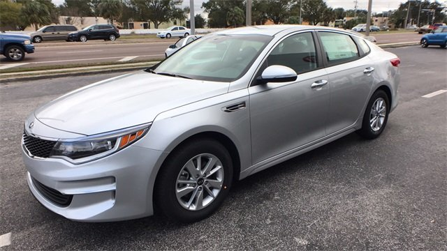 2018 Sparkling Silver Kia Optima LX Automatic Sedan 4 Door