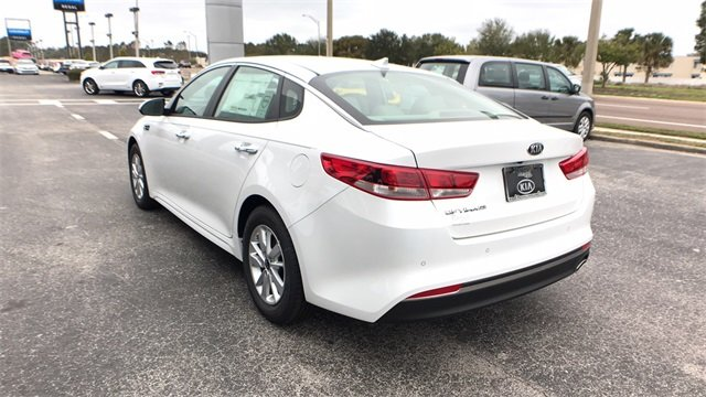 2018 Kia Optima LX FWD 2.4L 4-Cylinder Engine 4 Door Automatic