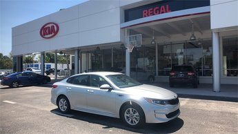 2018 Sparkling Silver Kia Optima LX Sedan Automatic 2.4L 4-Cylinder Engine