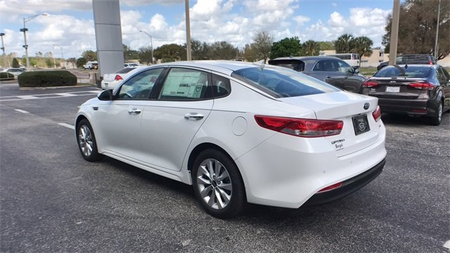2018 Snow White Pearl Kia Optima EX Automatic FWD Sedan 4 Door 2.4L 4-Cylinder Engine
