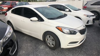 2016 White Kia Forte LX 1.8L I4 DOHC Dual CVVT Engine Automatic Sedan 4 Door