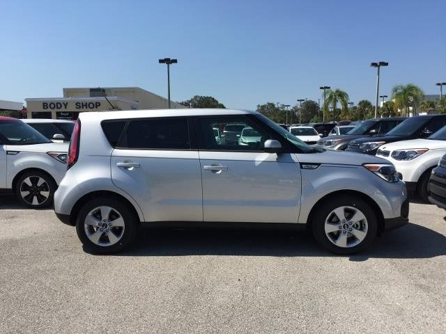 2018 Kia Soul Base Crossover FWD Automatic
