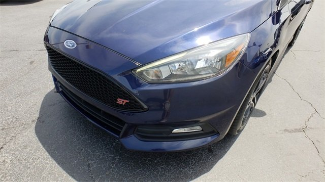 2017 Ford Focus ST Manual 2.0L GTDi Engine Hatchback