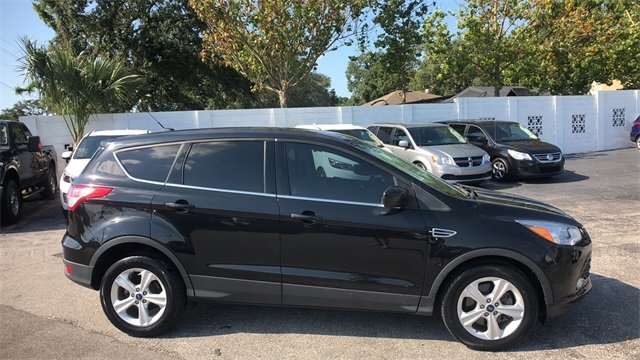 2015 Tuxedo Black Ford Escape SE SUV 4 Door FWD EcoBoost 2.0L I4 GTDi DOHC Turbocharged VCT Engine Automatic