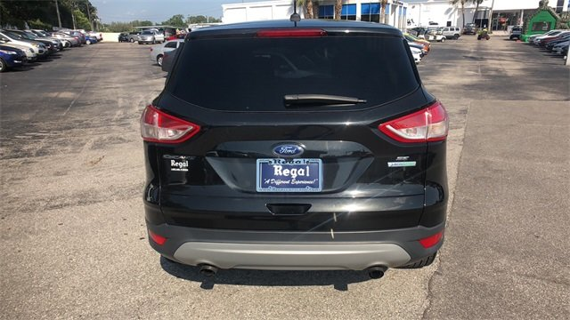 2015 Tuxedo Black Ford Escape SE FWD 4 Door SUV EcoBoost 2.0L I4 GTDi DOHC Turbocharged VCT Engine