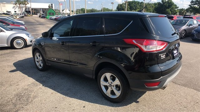2015 Tuxedo Black Ford Escape SE EcoBoost 2.0L I4 GTDi DOHC Turbocharged VCT Engine FWD SUV 4 Door Automatic