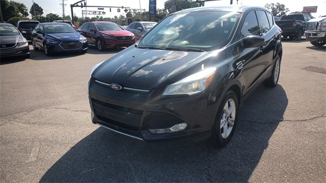 2015 Tuxedo Black Ford Escape SE Automatic 4 Door EcoBoost 2.0L I4 GTDi DOHC Turbocharged VCT Engine FWD SUV