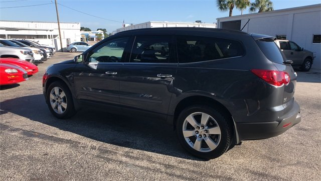2012 Cyber Gray Metallic Chevrolet Traverse LT 1LT SUV 4 Door Automatic 3.6L V6 SIDI Engine
