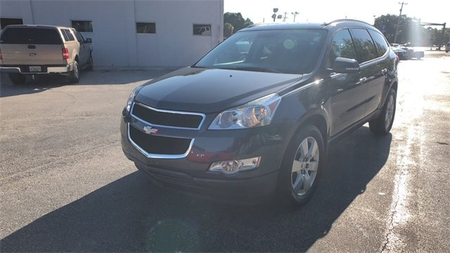 2012 Cyber Gray Metallic Chevrolet Traverse LT 1LT FWD SUV 3.6L V6 SIDI Engine 4 Door Automatic