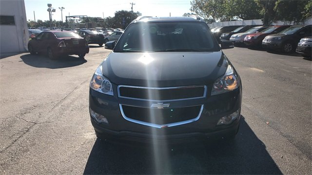 2012 Cyber Gray Metallic Chevrolet Traverse LT 1LT SUV 3.6L V6 SIDI Engine 4 Door FWD Automatic