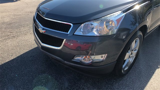 2012 Cyber Gray Metallic Chevrolet Traverse LT 1LT 4 Door FWD SUV