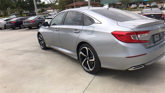 2018 Lunar Silver Metallic Honda Accord Sport I4 DOHC 16V Turbocharged Engine Automatic (CVT) Sedan 4 Door FWD