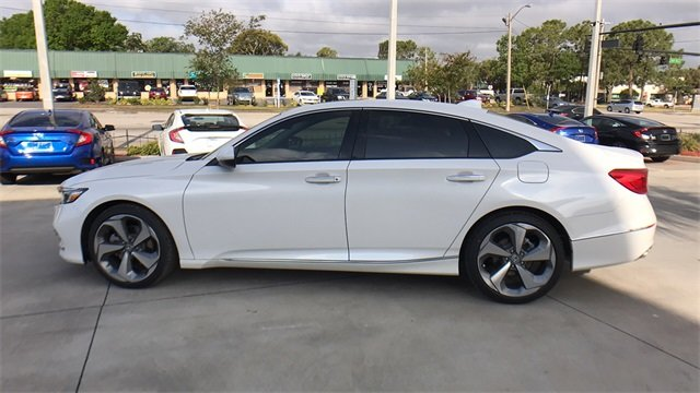 2018 Honda Accord Touring I4 DOHC 16V Turbocharged Engine FWD Automatic (CVT) Sedan
