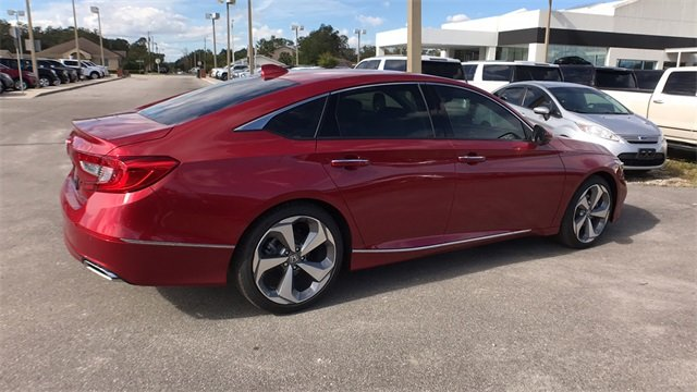 2018 Honda Accord Touring Automatic (CVT) I4 DOHC 16V Turbocharged Engine 4 Door FWD Sedan