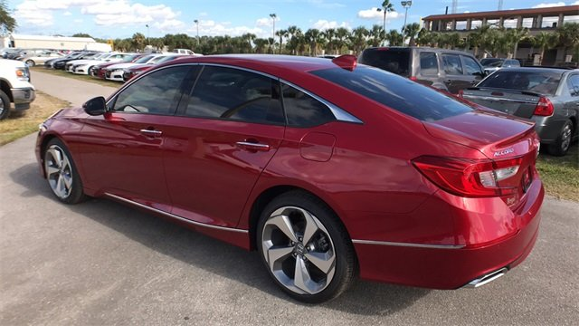 2018 Scarlet Honda Accord Touring I4 DOHC 16V Turbocharged Engine Automatic (CVT) FWD Sedan