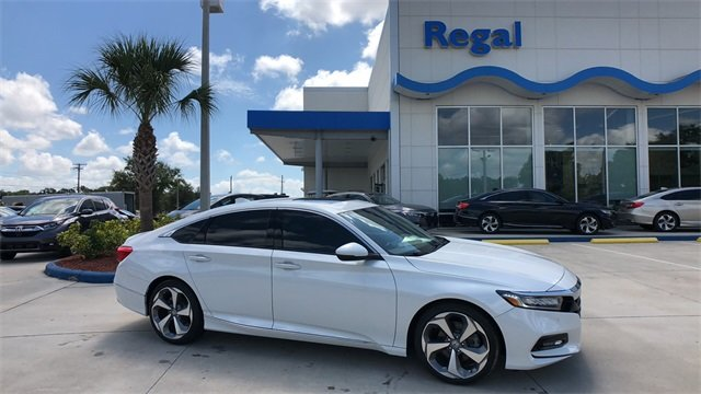 2018 Diamond White Honda Accord Touring 4 Door Automatic (CVT) Sedan