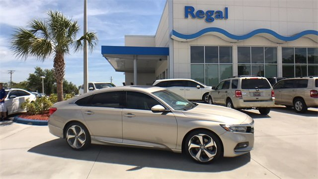 2018 Chamapagne Honda Accord Touring 2.0T 4 Door Sedan I4 DOHC 16V Turbocharged Engine