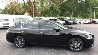 2014 Black Nissan Maxima Sedan FWD 3.5L V6 DOHC 24V Engine 4 Door