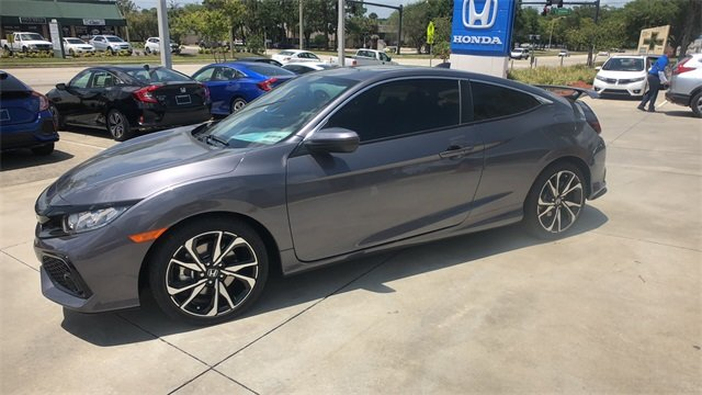 2018 Modern Steel Metallic Honda Civic Si 1.5L I-4 DI DOHC Turbocharged Engine 2 Door Manual Coupe