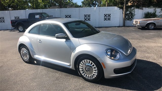 2014 Volkswagen Beetle 1.8T Automatic 2 Door Hatchback FWD 1.8L 4-Cylinder DGI Turbocharged DOHC Engine