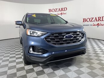 2019 Blue Metallic Ford Edge SEL SUV Automatic FWD 2.0L Engine