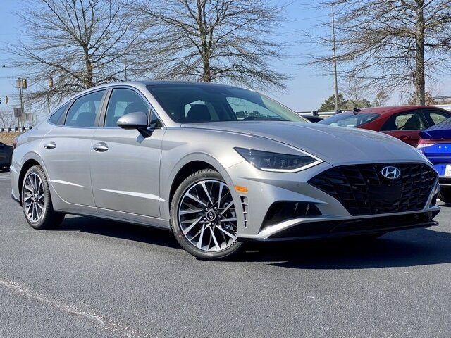 2021 Shimmering Silver Pearl Hyundai Sonata Limited 4 Door Car Automatic I4 Engine
