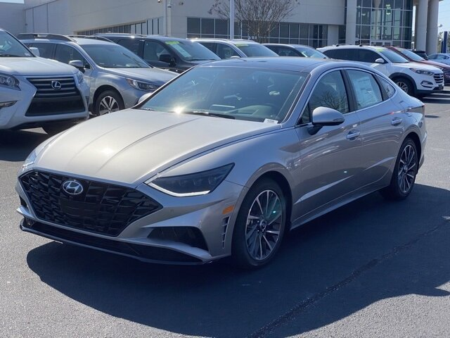 2021 Hyundai Sonata Limited Car 4 Door Automatic