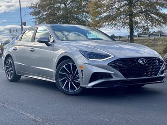 2021 Shimmering Silver Pearl Hyundai Sonata Limited 1.6L I4 Engine Car Automatic 4 Door